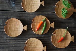 魚の豆皿 [Φ60] チェリー