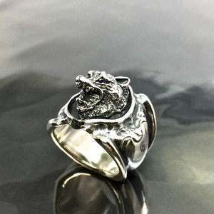 WOLF RING with SAPPHIRE / ウルフリング・サファイアアイズ