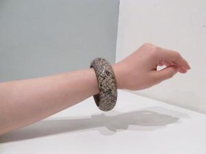 【1】ヘビ革×真鍮 OLDバングル