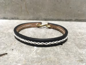 Chain stitch bracelet (Black)