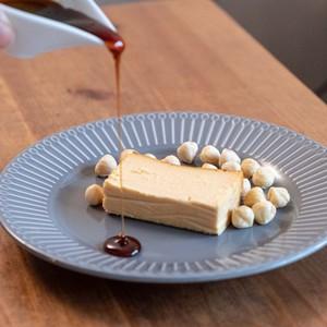 ☆期間限定☆ ヘーゼルナッツ・キャラメル チーズケーキ【NEW】