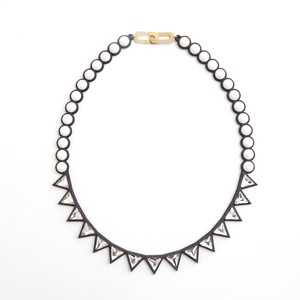 talkative Banquet/Banquet bijou necklace trilliant short Chalk white