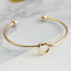 結び ♡シンプル ゴールド ブレスレット バングル フリーサイズ N225
