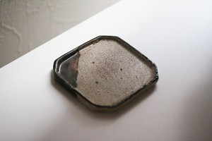 織部隅切小皿(その4) Oribe Style Small Square Dishes with Cut Off Corners 19th C