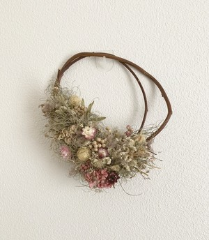 pepper  wreath pink