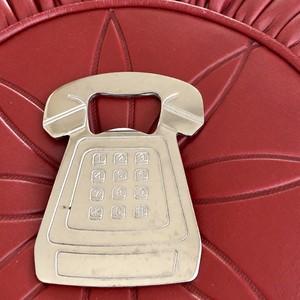 レトロな電話機の栓抜き