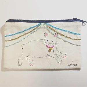 手書きポーチS(もち猫 ビーズカーテン)