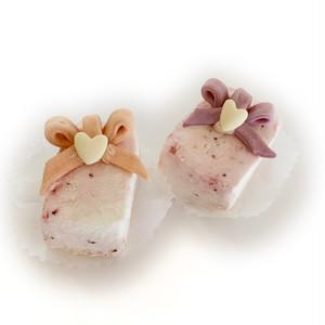 【冷凍・即納】キッチンドッグ×犬の生活コラボケーキ いちごみるくケーキ