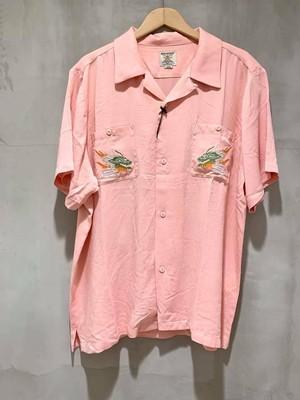 HOUSTON 刺繍スーベニアシャツ - PINK/MAIKO
