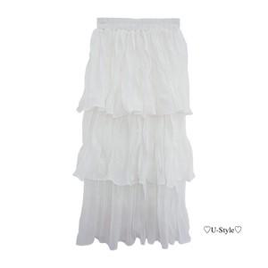 フリルフオワイトスカート