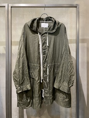 TrAnsference thin nylon short snow camo parka - forest pigment dyed effect