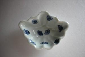 廣政毅|染付梅花紋蝶型豆皿