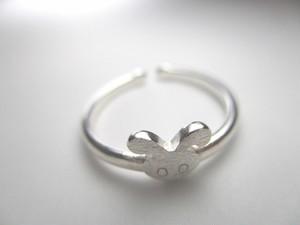 ミニうさぎの指輪 フリーサイズ