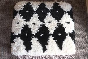 ◆◆ノッティング◆◆手織りの椅子敷き◆◆(大サイズ) NEW! e.