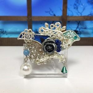 青い鳥のブローチ(青・水色)