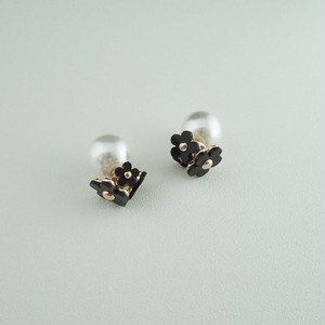 flower pearl pierce WH