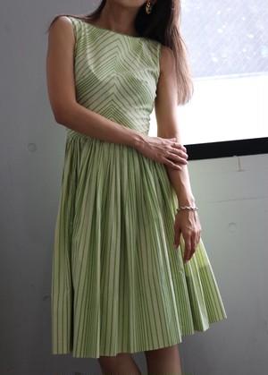 50's green summer dress
