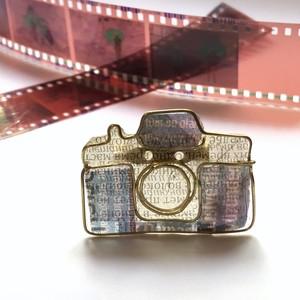 NikonF2メージのブローチ