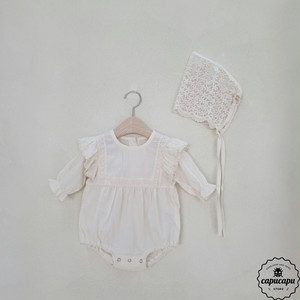 «sold out»«bebe» lace shoulder babysuit set レース ショルダーベビーボディスーツ ボンネット付き