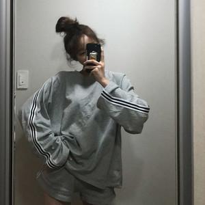 【お取り寄せ商品】ルーズTシャツ+カジュアルパンツ 6983