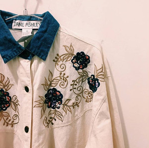 vintage   cotten embroidery shirts