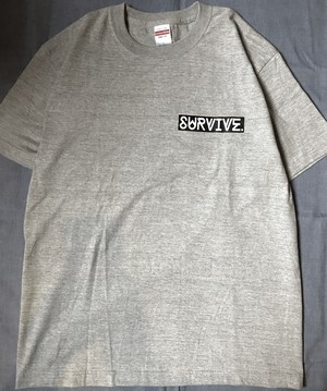 SURVIVE ボックスロゴTシャツ