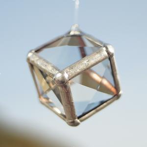 Mini Cube  (サンキャッチャー ・ ウォータープリズム)