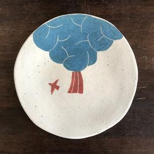 お皿(木と鳥)