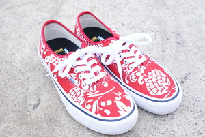"VANS ""Authentic Pro"" 50th Anniversary Model"