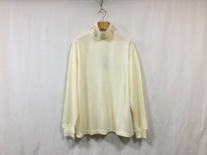"""UNIVERSAL PRODUCTS.""""WOOL TURTLE NECK L/S T-SHIRT WHITE"""""""