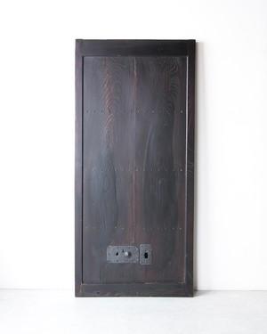 欅細身の蔵戸