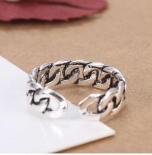 喜平チェーン 風 デザイン の リング 指輪 フリーサイズ メンズ レディース ユニセックス シルバーアクセサリー 好きの方にもオススメ! zbga113