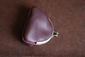深紫のイタリアの革を使ったがま口の財布