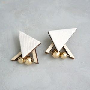 pierced earrings P-193