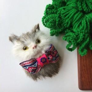 ネコのブローチ