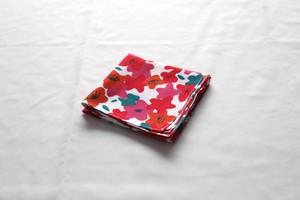 ハンカチ 「赤い花とワンピース」