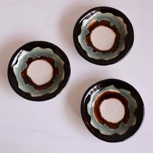 遠藤太郎 豆皿(3色:黒・緑・茶)te-60