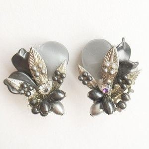 gray design earring[e-725]