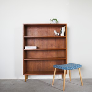 Open book shelf / BS009