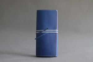 パスポートケース ブルー