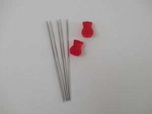 在庫有:addi アルミ製 棒針 (2.5mm×15cm) クマさんの針ホルダー付