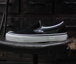 VANS  限定モデルANAHEIM FACTORY CLASSIC SLIP-ON 98 DX (VN0A3JEXQU1-BLACK)