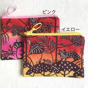 ぺったんこポーチ S 紅型デザイン 琉球の森 赤グラデーション