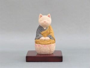 木彫り 袈裟を着た座禅猫 猫仏2005