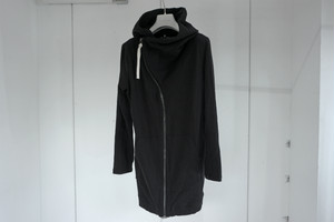 First Aid To The Injured / ASYMMETRY ZIP HOODIE / BLK