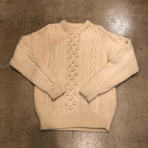 Cable Sweater ¥8,900+tax