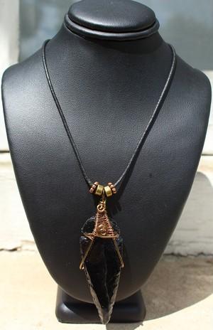 ブラックオブシディアン ネガティブなエネルギーを吸収する守護石