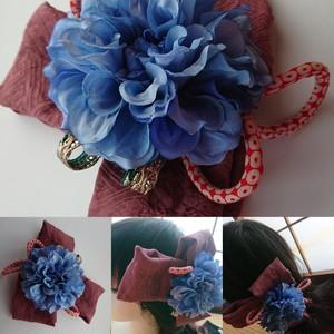 青いお花と古布の髪飾りs257