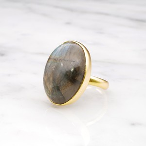 SINGLE BIG STONE RING GOLD 126