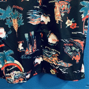 ハワイアンアイランズのアロハシャツ